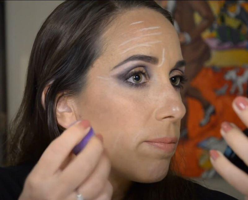 Израильский визажист - техника маскировки морщин при помощи макияжа