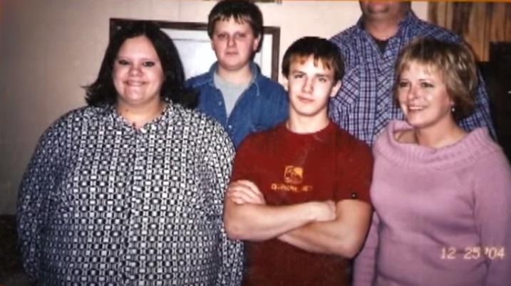 Девушка, весившая 130 кг, сбросила половину - семейное фото