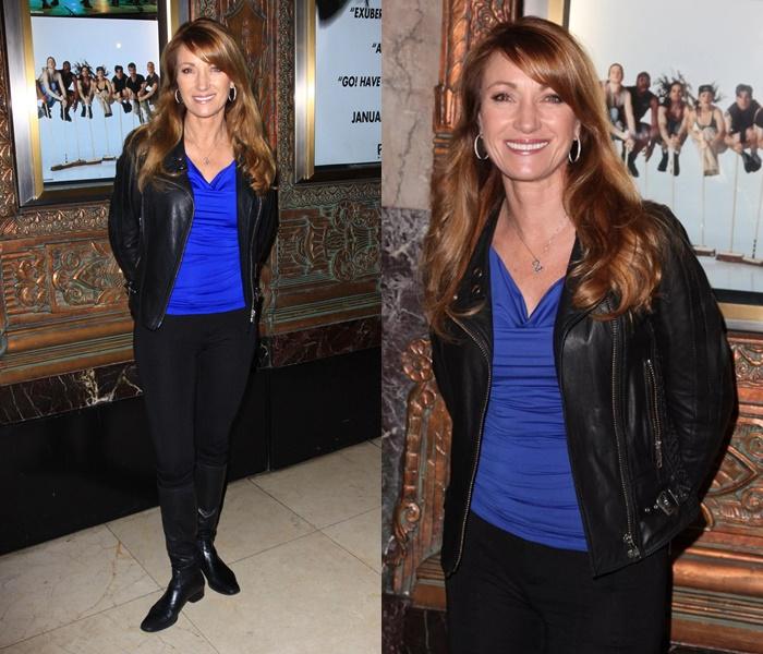 Стиль Джейн Сеймур в кожаных куртках - Классическая косуха с синим топом и леггинсами