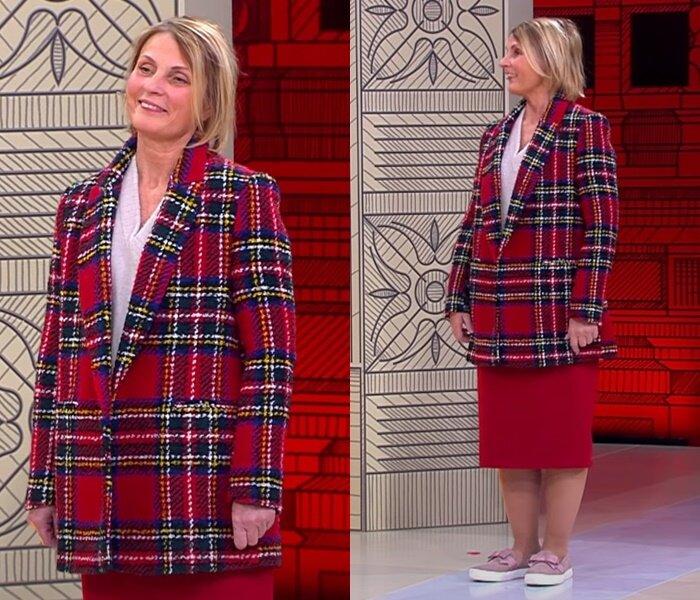 «Модный приговор», жена моряка 58 лет - Клетчатое пальто и юбка-карандаш