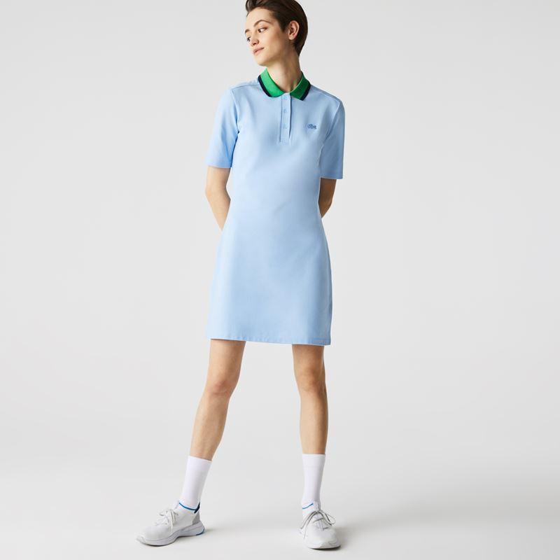 Платья с кроссовками Lacoste 2021-2022 - Голубое платье-поло с зелёным воротничком