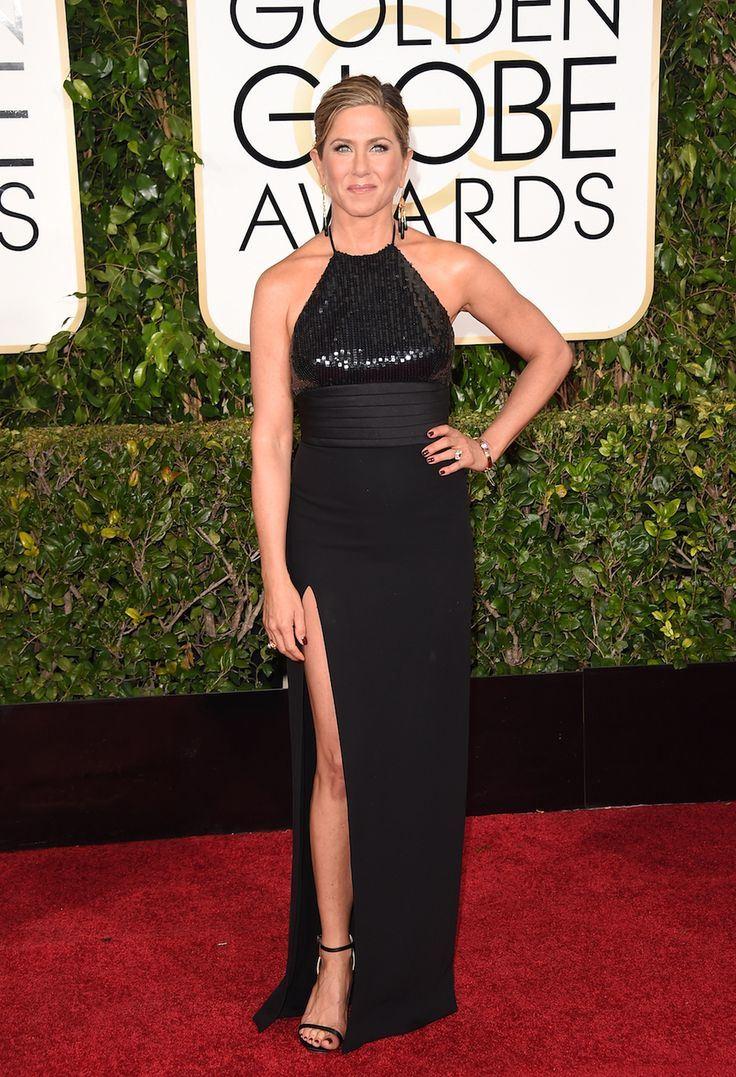 Неудачные платья Дженнифер Энистон - Длинное платье с американской проймой