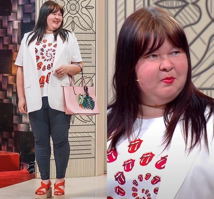 Модный приговор для Ирины - Белая футболка с принтом + жилетка + леггинсы