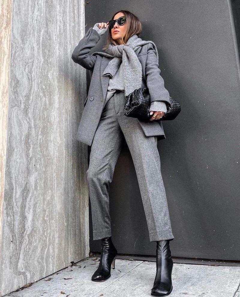 Модные образы в оттенках серого - Полупальто + брюки + джемпер
