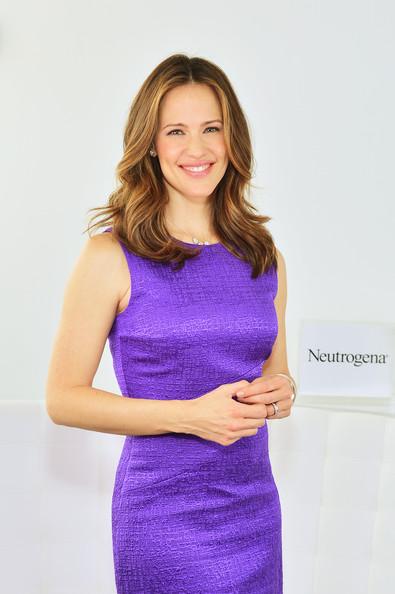 Дженнифер Гарнер, стиль, платье Oscar de la Renta_1