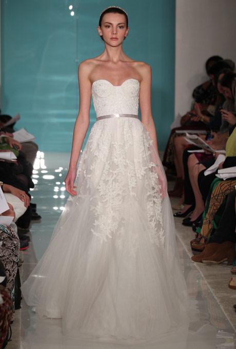 свадебное платье бюстье с поясом reem acra 2013