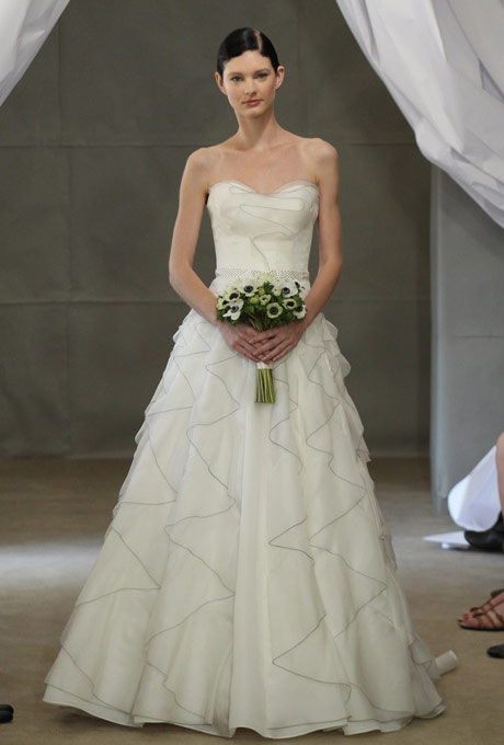 свадебное платье бюстье вена 2013 carolina herrera