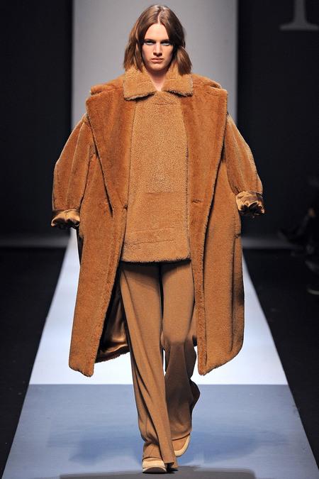 Коллекции осень-зима 2013-2014 Max Mara, пальто верблюжий оттенок