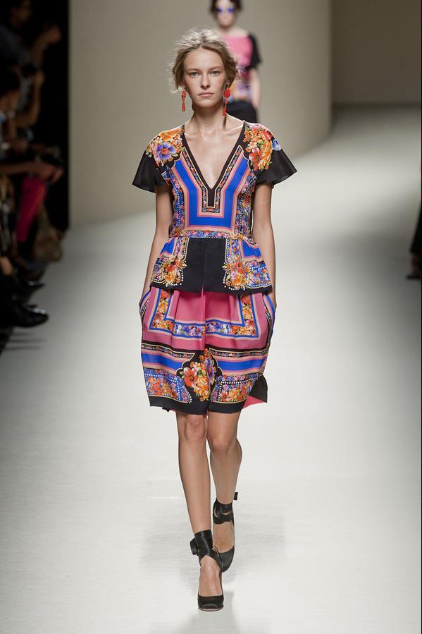 коллекция alberta ferretti весна-лето 2014 платья30
