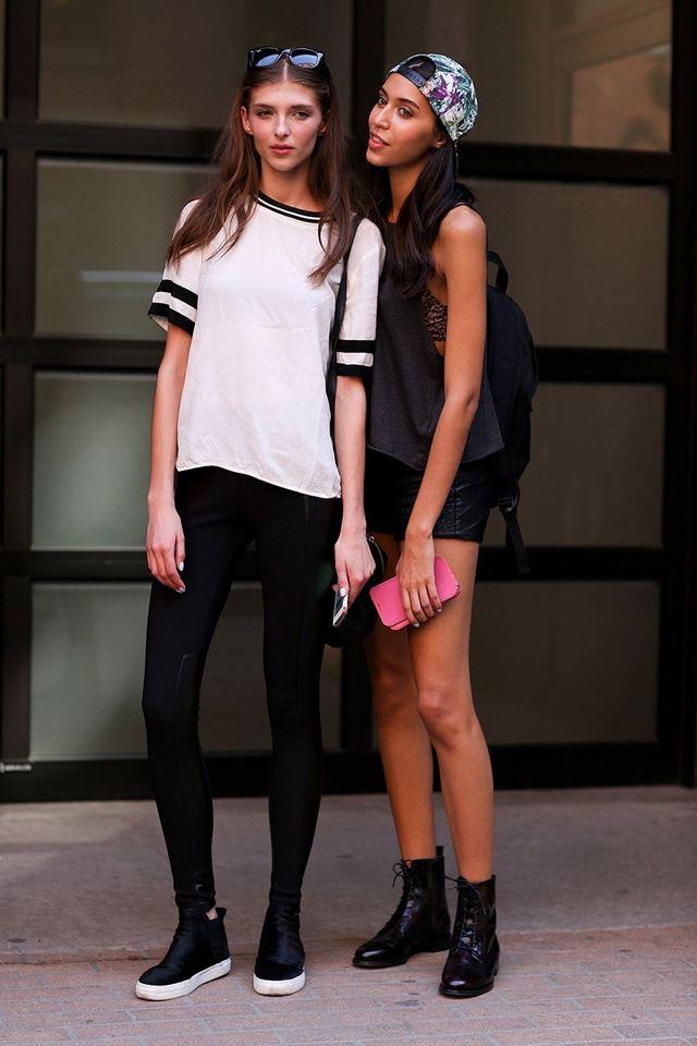 леггинсы и белый топ, уличная мода Нью-Йорка 2014-2015