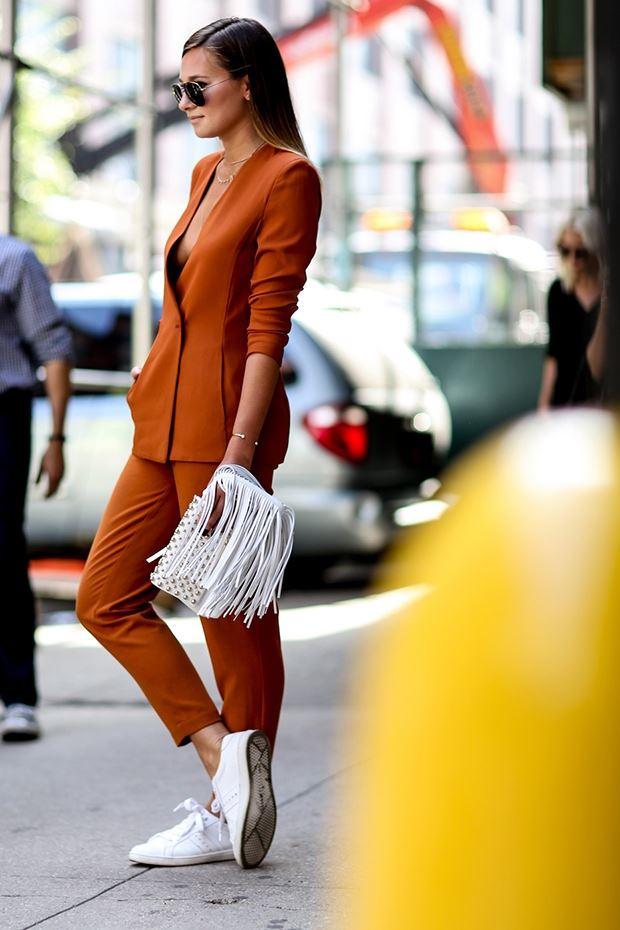 терракотовый костюм, уличная мода Нью-Йорка 2014-2015