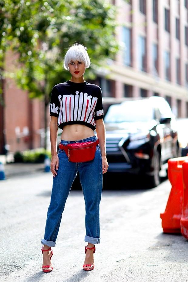 кроп топ с джинсами уличный стиль