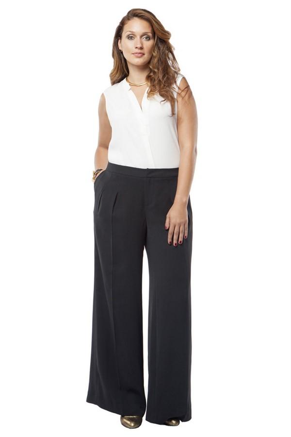 мода для полных зима 2015, черные брюки, белый топ