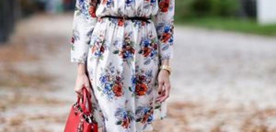 Платья с принтом в уличной моде Парижа