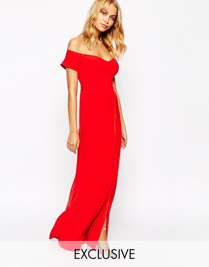 красное платье с открытым декольте на выпускной 2015