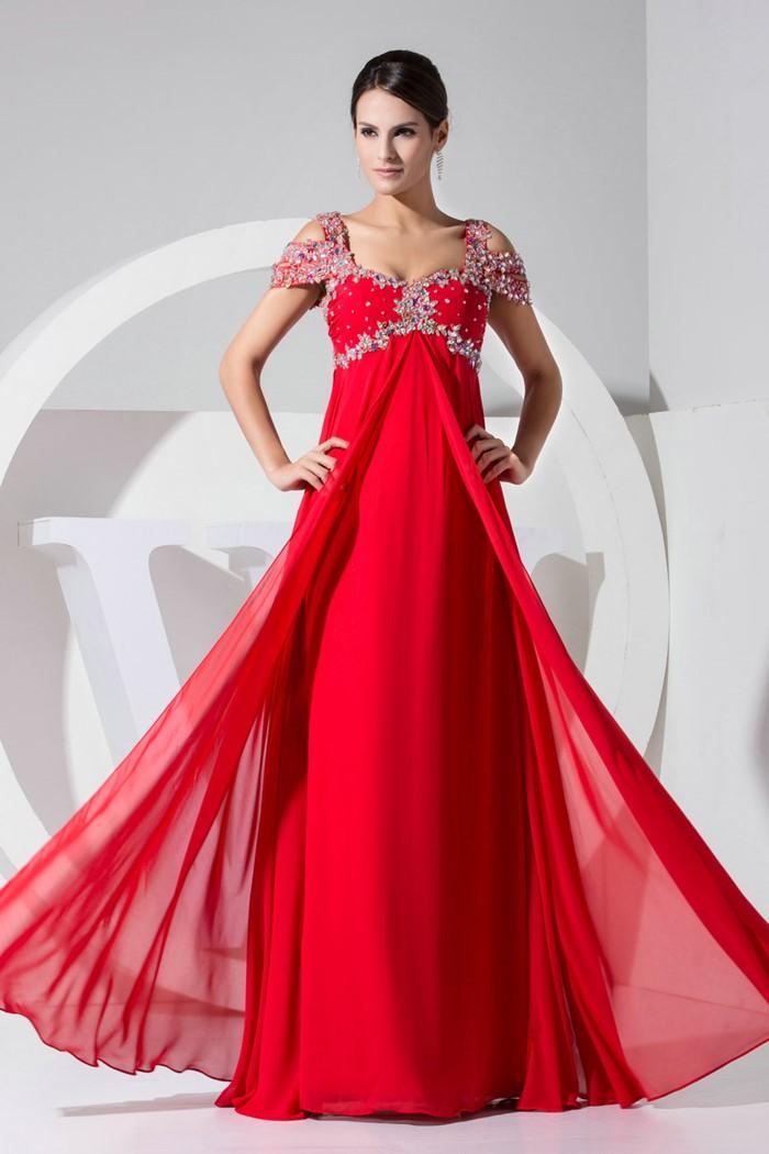 длинное красное платье с вышивкой на выпускной 2015