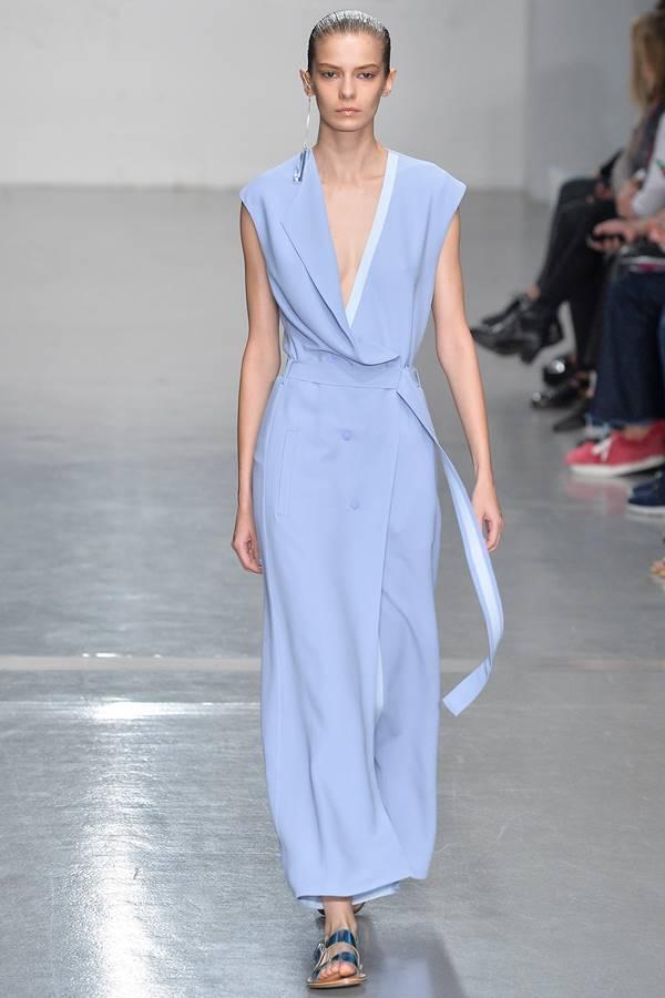 сиреневое платье весна-лето 2015 Richard Nicoll