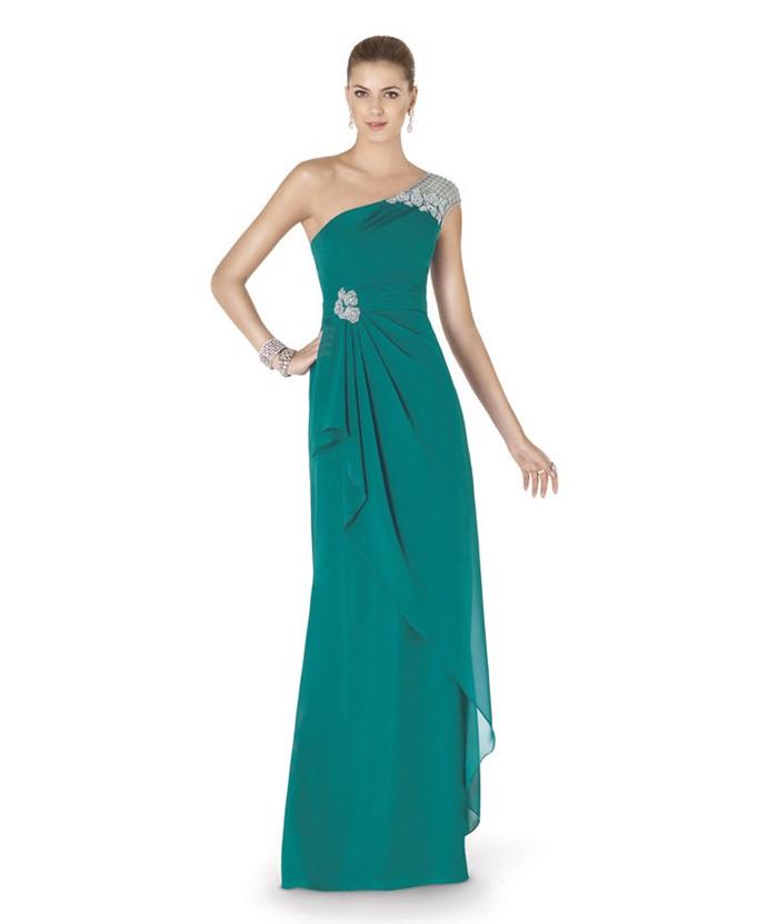 длинное зеленое платье на одно плечо на выпускной 2015