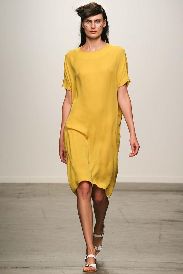 A Detacher желтое платье весна-лето 2015