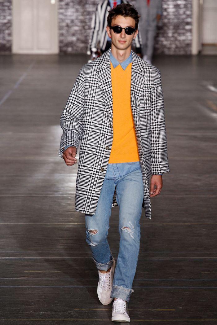 Ami клетчатое серое мужское пальто весна-лето 2015