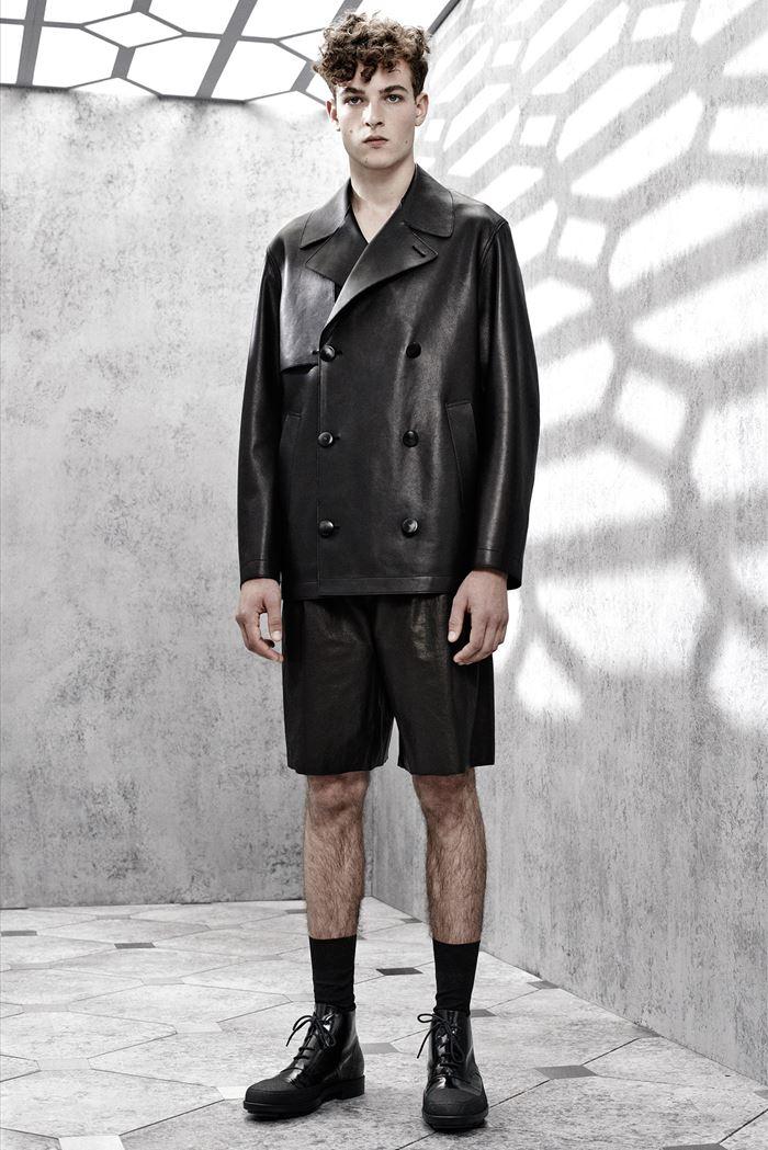 Balenciaga черная мужская кожаная куртка весна-лето 2015