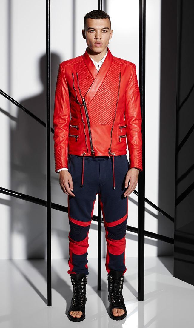Balmain красная  мужская косуха весна-лето 2015
