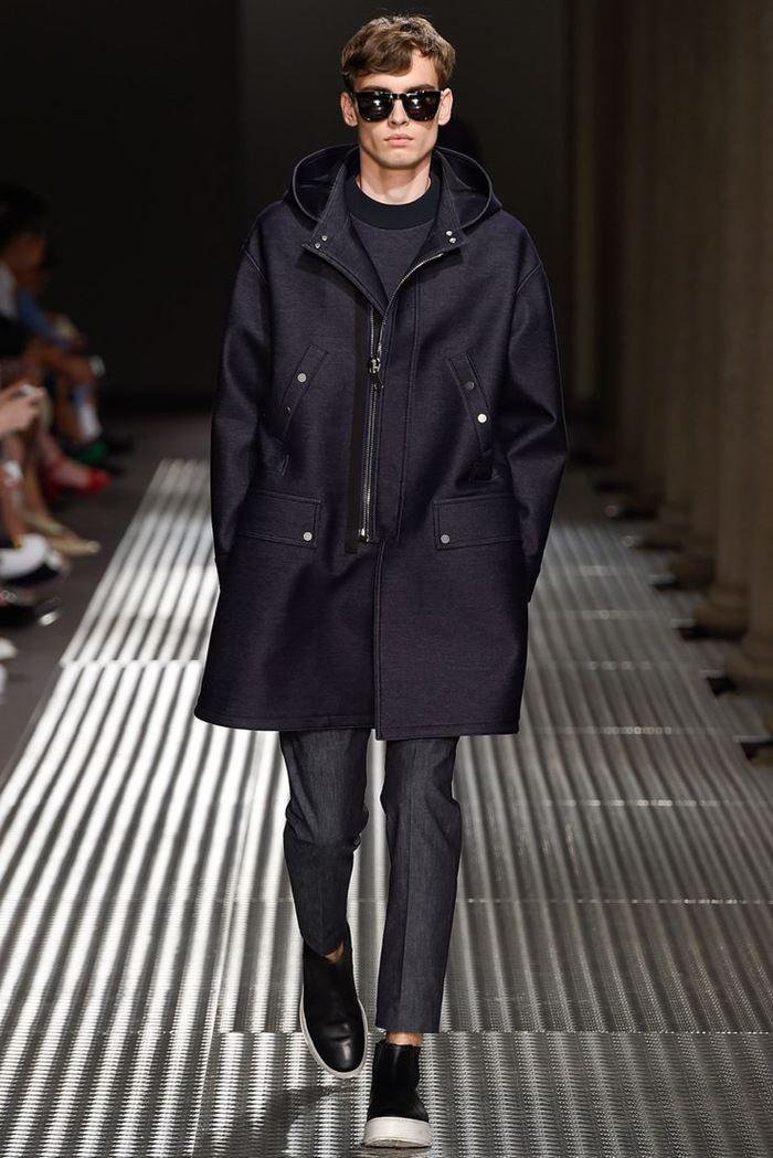 Neil Barrett мужское пальто с капюшоном на молнии весна-лето 2015