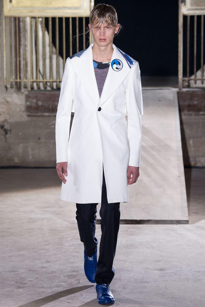 Raf Simons белое мужское пальто весна-лето 2015