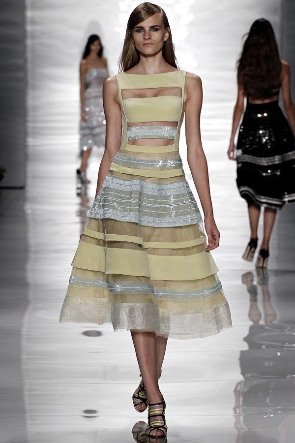 Reem Acra желтое платье весна-лето 2015