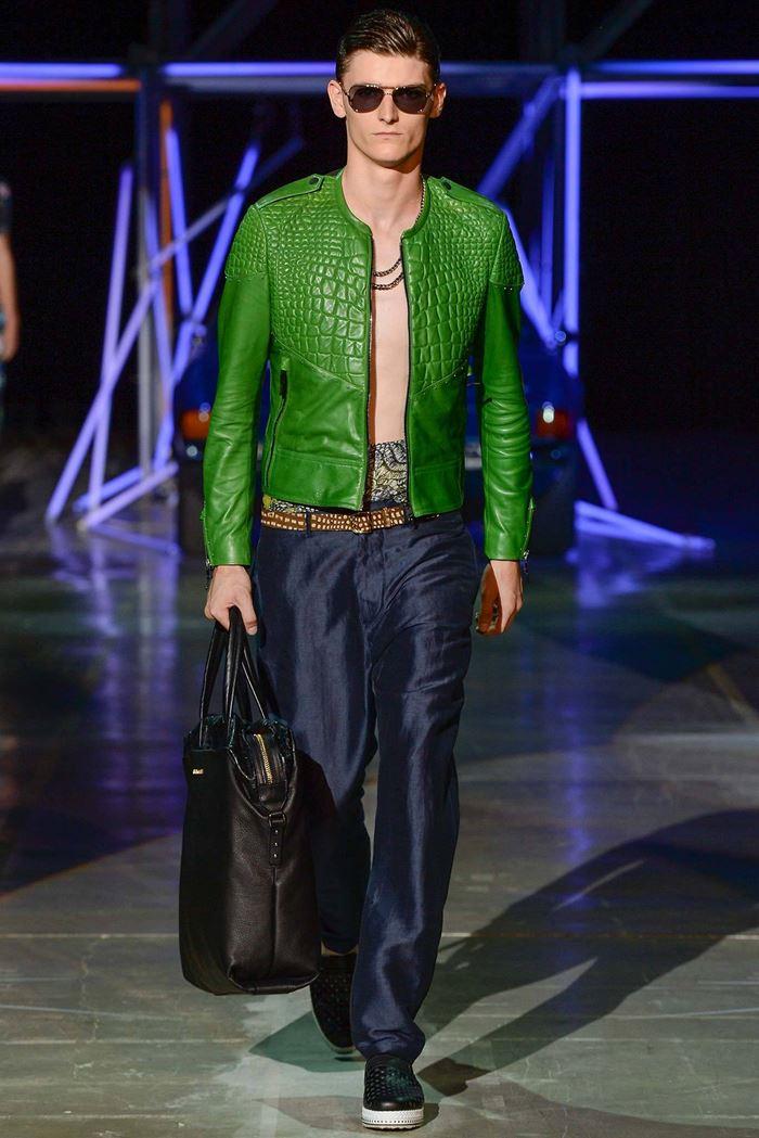 Roberto Cavalli зеленая крокодиловая мужская кожаная куртка весна-лето 2015