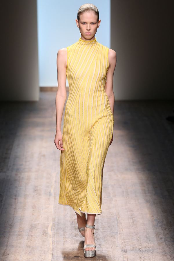 Salvatore Ferragamo желтое платье весна-лето 2015
