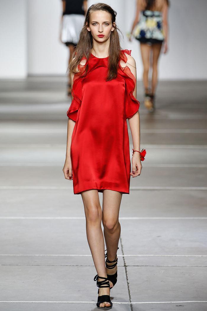 Topshop Unique короткое красное платье весна-лето 2015
