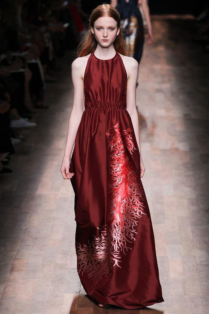 Valentino вечернее красное платье весна-лето 2015