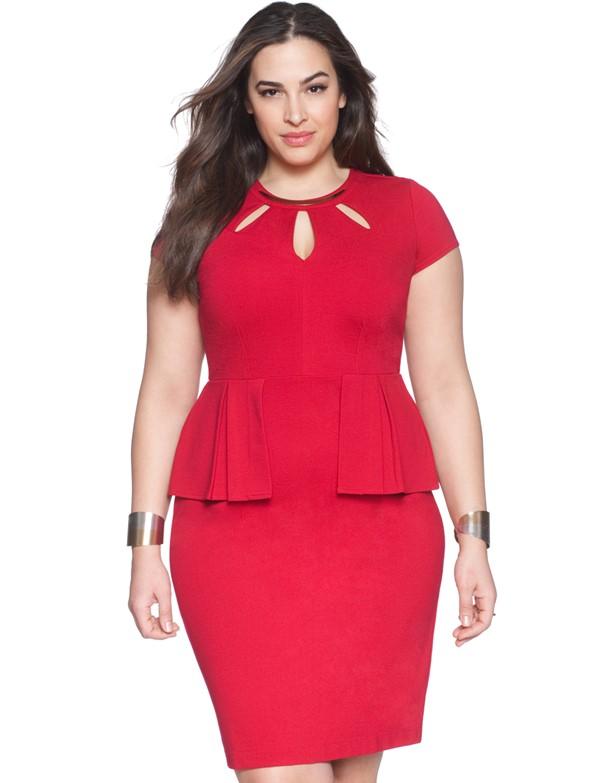 красное короткое коктейльное платье с баской для полных 2015