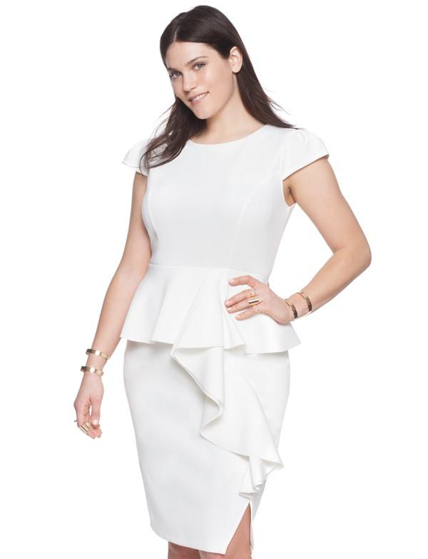 белое короткое коктейльное платье для полных с баской 2015