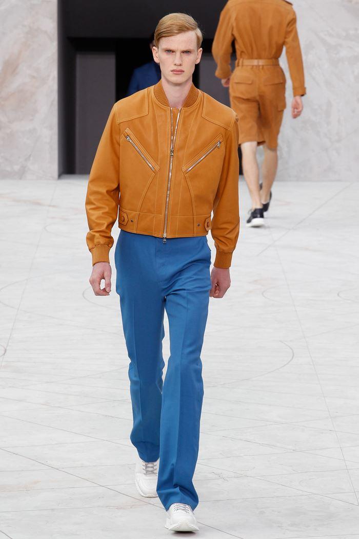 Louis Vuitton рыжая мужская кожаная куртка бомбер весна-лето 2015