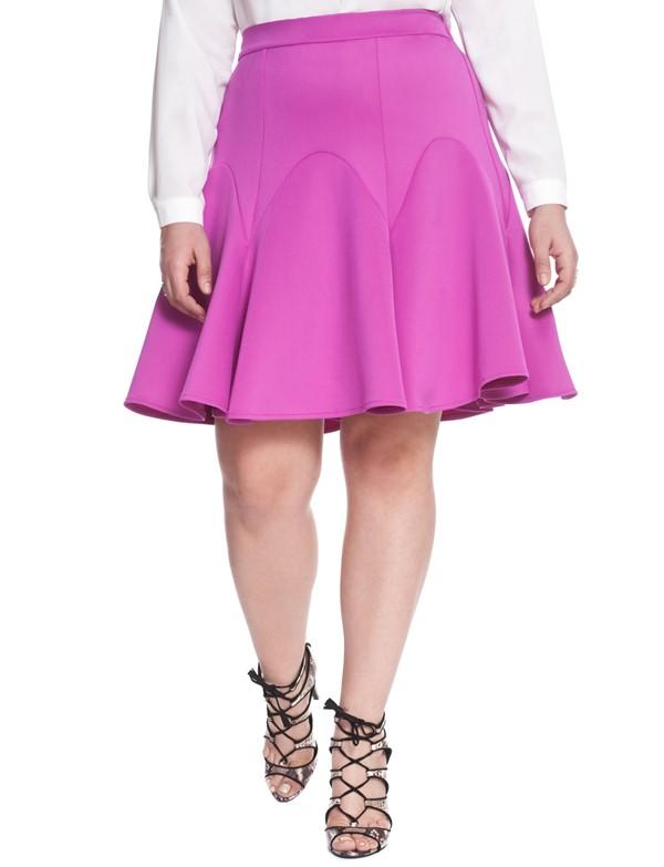 ярко-розовая плиссированная юбка для полных 2015