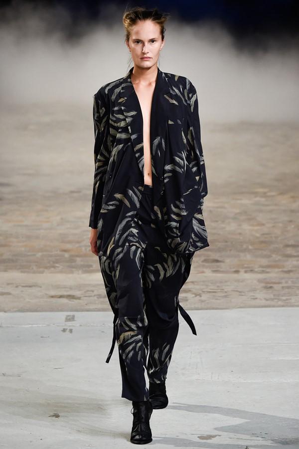 Женские брючные костюмы весна-лето 2015  A.F. Vandevorst