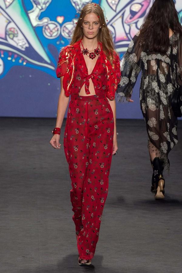 Женские летние костюмы 2015 Anna Sui