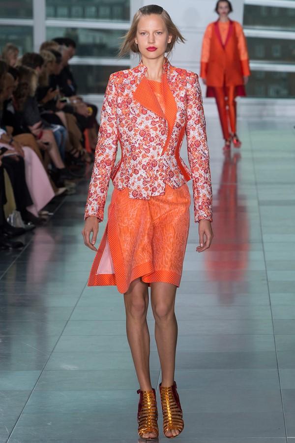 Женские костюмы с юбкой лето 2015 Antonio Berardi