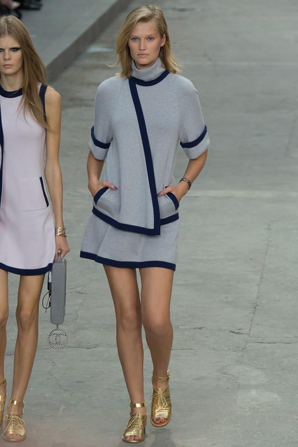 Женские костюмы с юбкой лето 2015 Chanel