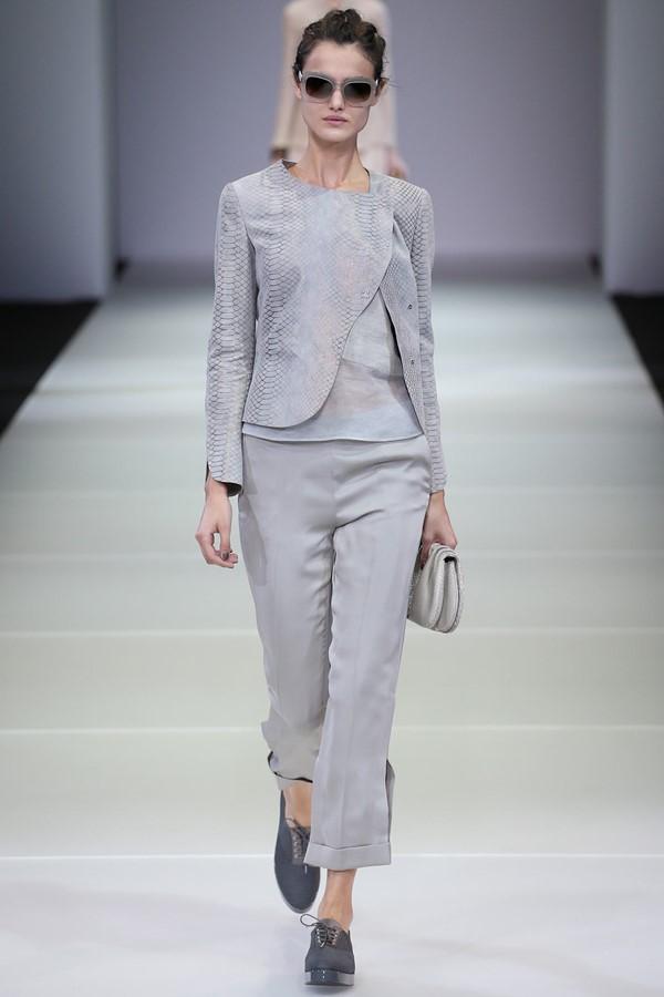 Женские брючные костюмы весна-лето 2015 Giorgio Armani