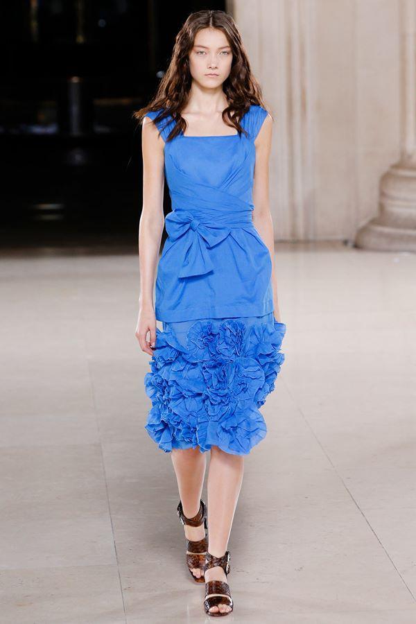 Синие платья весна-лето 2015 Jonathan Saunders