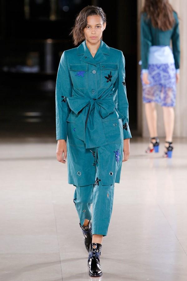 Женские брючные костюмы весна-лето 2015 Jonathan Saunders