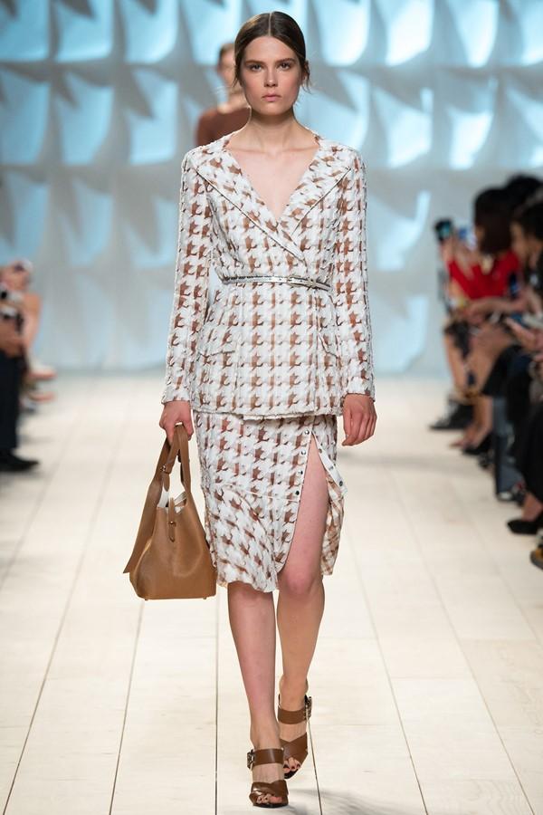 Женские костюмы с юбкой лето 2015 Nina Ricci