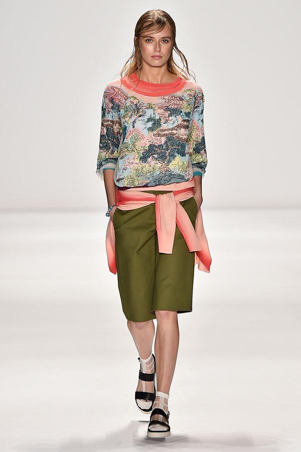 Модные бриджи весна-лето 2015 Vivienne Tam