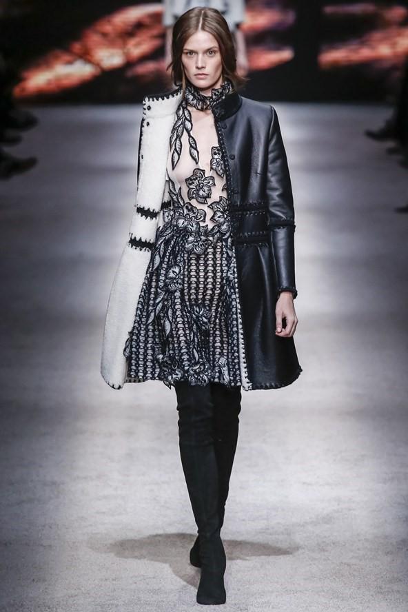 Кожаные пальто и плащи осень-зима 2015-2016: Alberta Ferretti