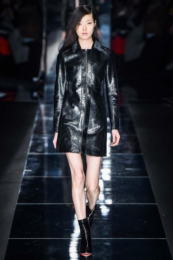Кожаные пальто и плащи осень-зима 2015-2016: Blumarine