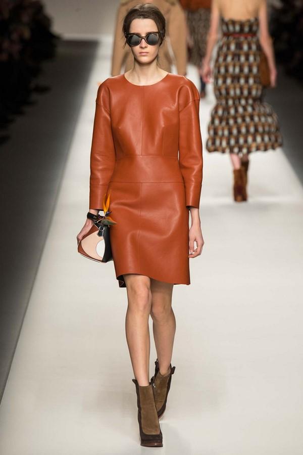 Кожаные платья осень-зима 2015-2016: Fendi