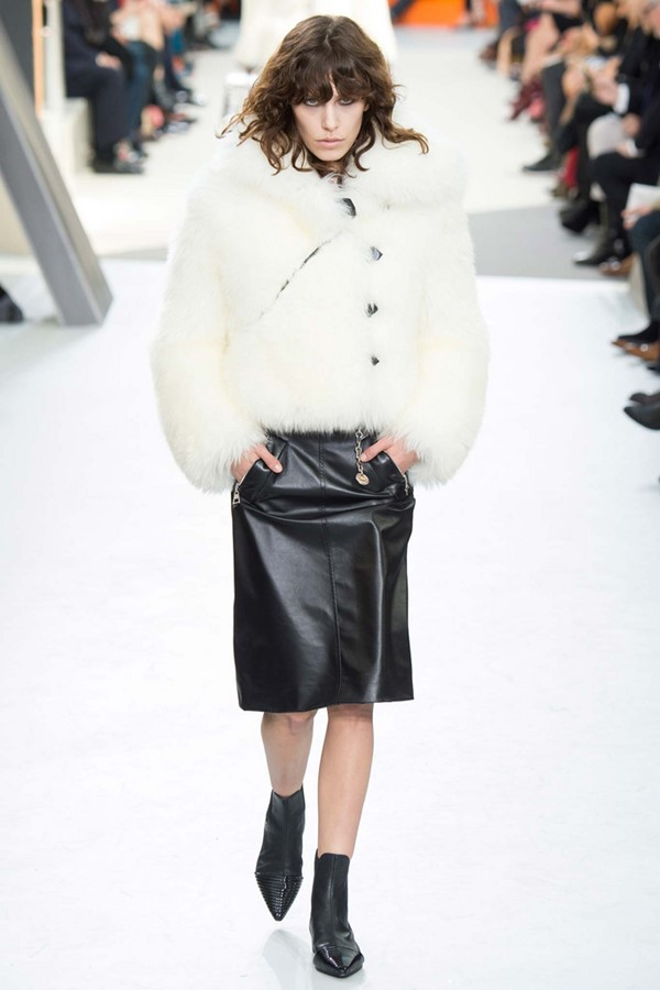 Кожаные юбки осень-зима 2015-2016: Louis Vuitton